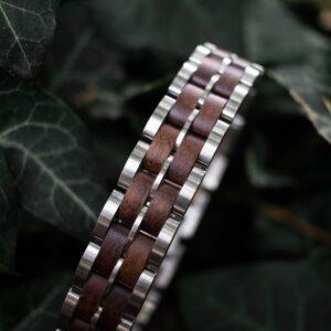 Holzkern Armbanden